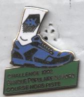 Pin's Athlétisme Course Cross Banque Populaire Du Nord - Athletics