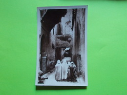 Carte Postale - MAROC - Meknés  - Vers La Mosquée à L'heure De La Prière (2418) - Meknes
