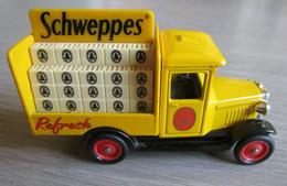 Chevrolet Drinks Van Schweppes - Corgi - Corgi Toys