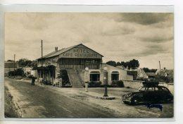 37-24 LES TROIS VOLETS Lle CAFE HOtel Restaurant Belle Automobile Pompes à Essence 1950    /D07-2016 - Sonstige Gemeinden