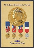 CPM MONNAIE DE PARIS - Médailles D'Honneur Du Travail - Monnaies (représentations)