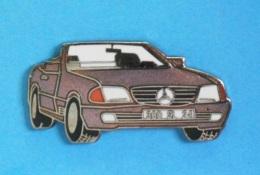 1 PIN'S  //  ** MERCEDES BENZ / COUPÉ 300 SL CABRIOLET  ** - Mercedes