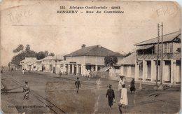 KONAKRY - Rue Du Commerce - Afrique Occidentale Guinée (état , Pli) - Guinée