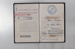VP12.819 - MARSEILLE 1961 - Passeport - Mr M. BUENO Né à TUNIS En 1944 - Police & Gendarmerie