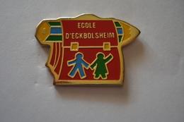 20180830-1980 ALSACE BAS RHIN ECOLE D'ECKBOLSHEIM CARTABLE - Administrations