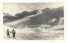 Cpsm Andorre - Vue Prise Du Port D'Envalira Sur Le Pas De Las Casas .. ( Skieurs ) - Andorre