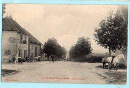 La Villeneuve Au Chene:rue Principale - Frankreich