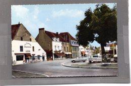 Le Donjon - Place De La République Et Route De Digoin - Sonstige Gemeinden