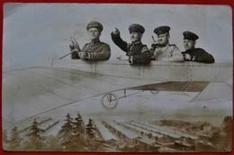 2 Cpa Photo Montage Anime Souvenir Avion Soldats MUNSSIGEN Camp Allemagne - Fotografía