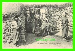 CARTHAGE, TUNISIE - GOURBI DE NOMADES - E. L. D. - ANIMÉE - IMP. LE DELEY - DOS VERT - - Tunisie