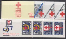 Nederland 1983 + 1987 Rode Kruis 2 Postzegelboekjes ** Mnh (40310) - Libretti