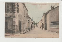 CPA Couleurs - VIC BIGORRE - Rue De Maubourguet - France