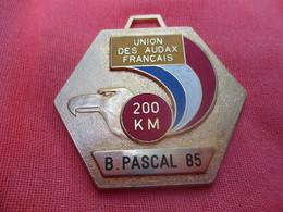 Médaille De Sport/Cyclisme/ Union Des Audax Français/200 KM / Tête D'Aigle/ /1985    SPO290 - Cyclisme