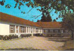 MILITARIA Ecoles - 89 - AUXERRE Centre D'Instruction Des GENDARMES AUXILIAIRES Foyer Du Soldat - CPSM CPM GF - Yonne - Militaria
