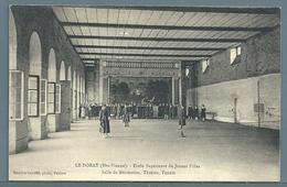 • CPA - LE DORAT - École De Jeunes Filles - Théâtre, Tennis - Le Dorat