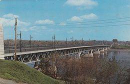 Cp , CANADA , TROIS-RIVIERES , Le Pont Duplessis Reliant Trois-Rivières Au Cap De La Madeleine - Trois-Rivières