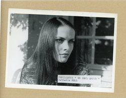 """Photo  De Presse  -  L'actrice NATHALIE NELL  Dans """" Un Seul Amour """" - Identifizierten Personen"""