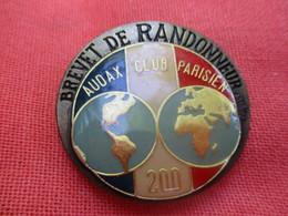 Insigne De Sport  à épingle/ Cyclisme/  Audax Club Parisien/Brevet De RANDONNEUR/200 Km/Beraudy/Vers 1980         SPO304 - Cyclisme