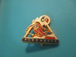 Insigne Sport à épingle/SKI/ Ecole Du Ski Français/ FLECHETTE/ DECAT /Vers 1970-80   SPO330 - Winter Sports