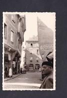 Photo Originale Vintage Snapshot Rue Animée à Dinan En 1961 Solex Velosolex - Places