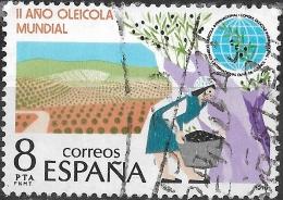 SPAIN 1979 International Olive Oil Year - 8p Oil Plantation & Harvester FU - 1931-Today: 2nd Rep - ... Juan Carlos I