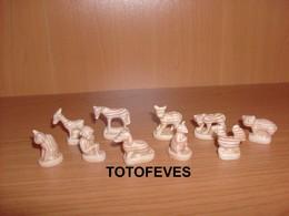 SERIE COMPLETE ANIMAUX EN BOIS DE 10 FEVES N° 360 - Other