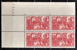 FRANCE 1944 - BLOC DE 4 TP / NEUFS**  Y.T. N° 608 / COIN DE FEUILLE - Unused Stamps