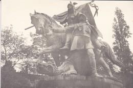 PHOTO----MONUMENT  STATUE  ?---( Jeanne D'arc ? )--voir 2 Scans - Photographs