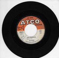 """The Capitols 45t. SP """"zig-zagging"""" - Other - English Music"""