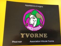 8797 - VKB-1884  Suisse Yvorne 3 étiquettes - Musique