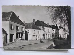 72 - NOGENT LE BERNARD - LA PLACE DE L'EGLISE - ANIMEE - ETAT NEUF - Autres Communes