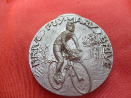 Médaille De Sport/Cyclisme/Randonnée Brive - Puy Mary - Brive/Brevet 253 Km/CRB/1982    SPO292 - Cyclisme