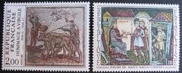 1848 - TABLEAUX : HOMMAGE A VIRGILE / EGLISE DE SAINT-SAVIN - N°1588 + 2174 - TIMBRES NEUFS** - France