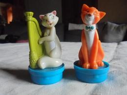 """Ancien - 2 Bouchons De Smarties Figurines Disney """"Les Aristochats"""" - Disney"""
