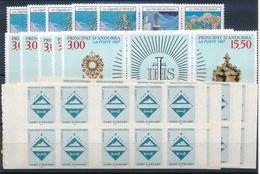 CD-445 :ANDORRE: Lot Avec Stock Trityques** Et Carnets De 1997(5)- N°492A(5)- 495A  Pour 59.50 Euros De Faciale - Französisch Andorra