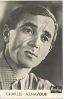 6Rm-752: CHARLES AZNAVOUR Barclay  Postkaartformaat - Autres Collections