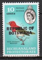 Botswana 10 Cent 1966 Single Bird Stamp Of Bechuanaland Overprinted 'Republic Of Botswana' - Botswana (1966-...)