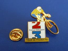 Pin's Vélo - Le Tour De France 93 - Média France Télévision 2 3 - Maillot Jaune - Zamac Decat (PN38) - Cyclisme