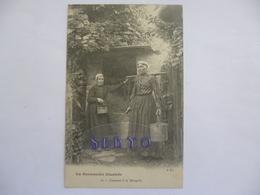 Folklore Normand. La Normandie Illustrée.  Causette à La Margelle. - Basse-Normandie