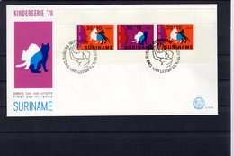 628766218 SURINAME 1978 FDC SCOTT B253A CHILDREN S HEAD AND WHITE CAT - Surinam