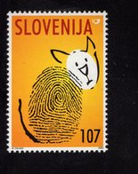 628769815 SLOVENIA 2001 ** MNH SCOTT 469 WORLD ANIMAL DAY CAT - Slovénie