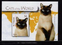 628784209 ST VINCENT 2010  ** MNH SCOTT 3729 CATS - St.Vincent (1979-...)