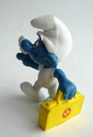 FIGURINE SCHTROUMPF - SMURF - PIFUTOS  - Publicitaire Pour ASB (2) - Smurfs