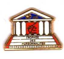 Pin's  Assemblée Nationale   Trophée Des Parlementaires 93 Caisse D'epargne   EGF - Administrations