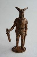 FIGURINE KINDER  METAL GUERRIER NORDIQUES GERMANIQUE 3 (2) 80's -   GERMANISCHER KRIEGER Germain - Figurines En Métal