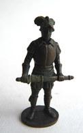 FIGURINE KINDER  METAL SOLDATS EUROPEENS 2 70's - CONQUISTADOR ESPAGNOL KRIEGER SPANIER Bruni - Figurines En Métal