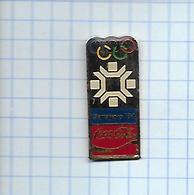 Pin's Pins / THEME  Thème COCA-COLA / JEUX OLYMPIQUES D'hiver De 1932 Sarajevo Dans La République Socialiste De Bosnie- - Jeux Olympiques