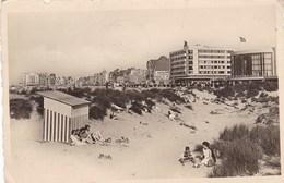 Knokke Zoute, Les Dunes Et Perspective De La Digue Knokke Albert Plage (pk49937) - Knokke