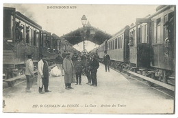 SAINT-GERMAIN DES FOSSÉS (Allier,03) La Gare - Arrivée Des Trains - Animée - Bourbonnais N°327 - Altri Comuni