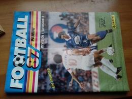 Album Football 87. Division 1- Division 2. Album Quasiment Vide. - Panini